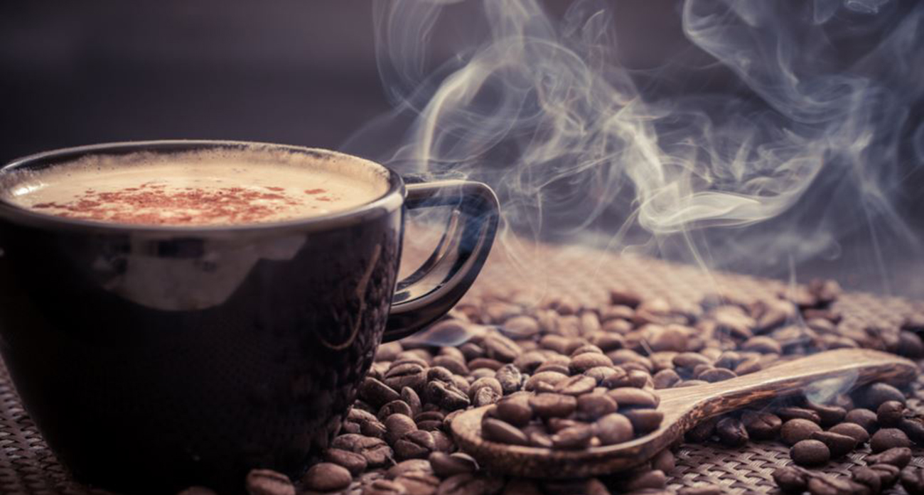 صورة رغم فوائدها.. حذاري من شرب القهوة على الريق (4 أسباب)