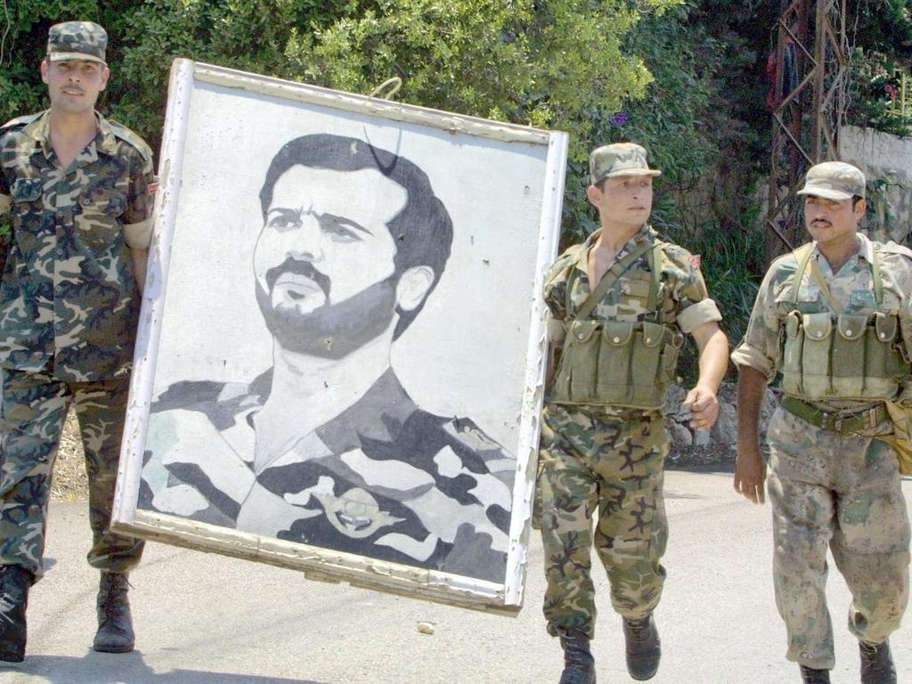 صورة باسل الأسد مـ.ـات أم قُـ.ـتل؟