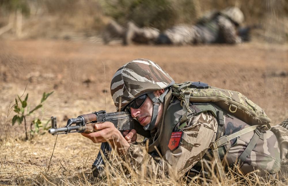 صورة دولة عربية تقف بوجه المغرب.. وجيش الأخيرة يستخدم أسلحة مضادة للدبابات