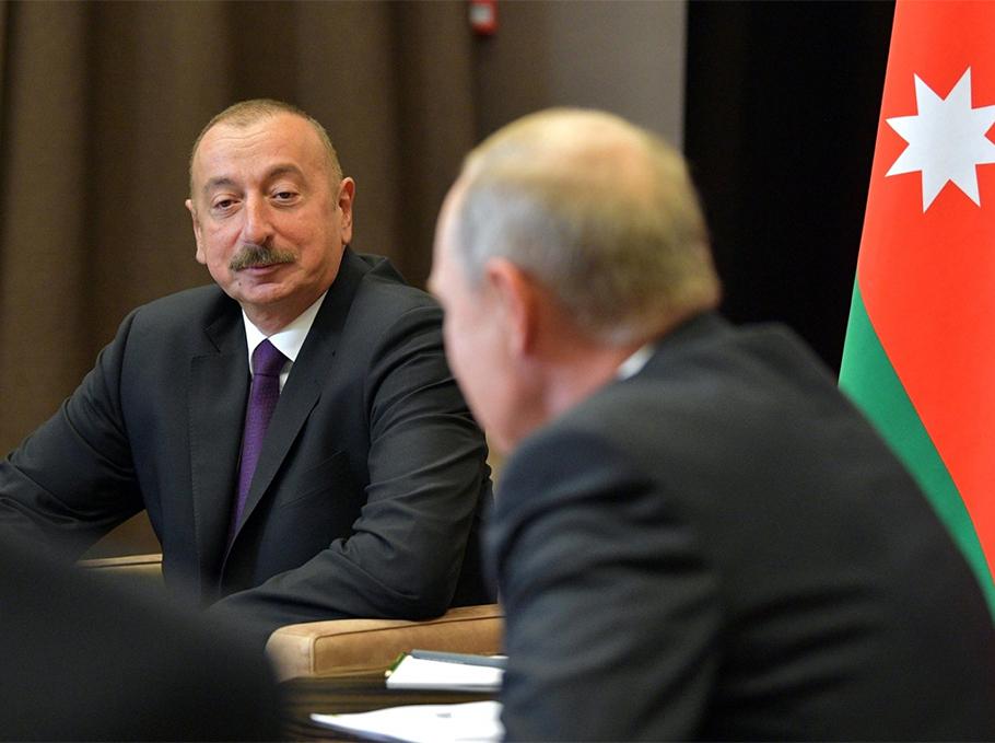 صورة خلال اتصال هاتفي.. رئيس أذربيجان يهـ.ـدد بوتين لأجل تركيا