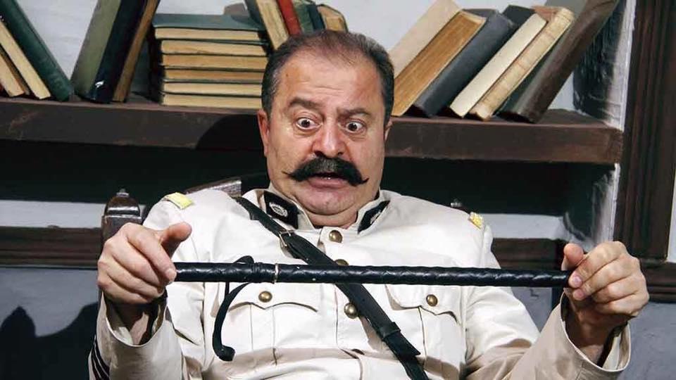 صورة مغني سوري شهير يسرق ممثل أكثر شهرة!