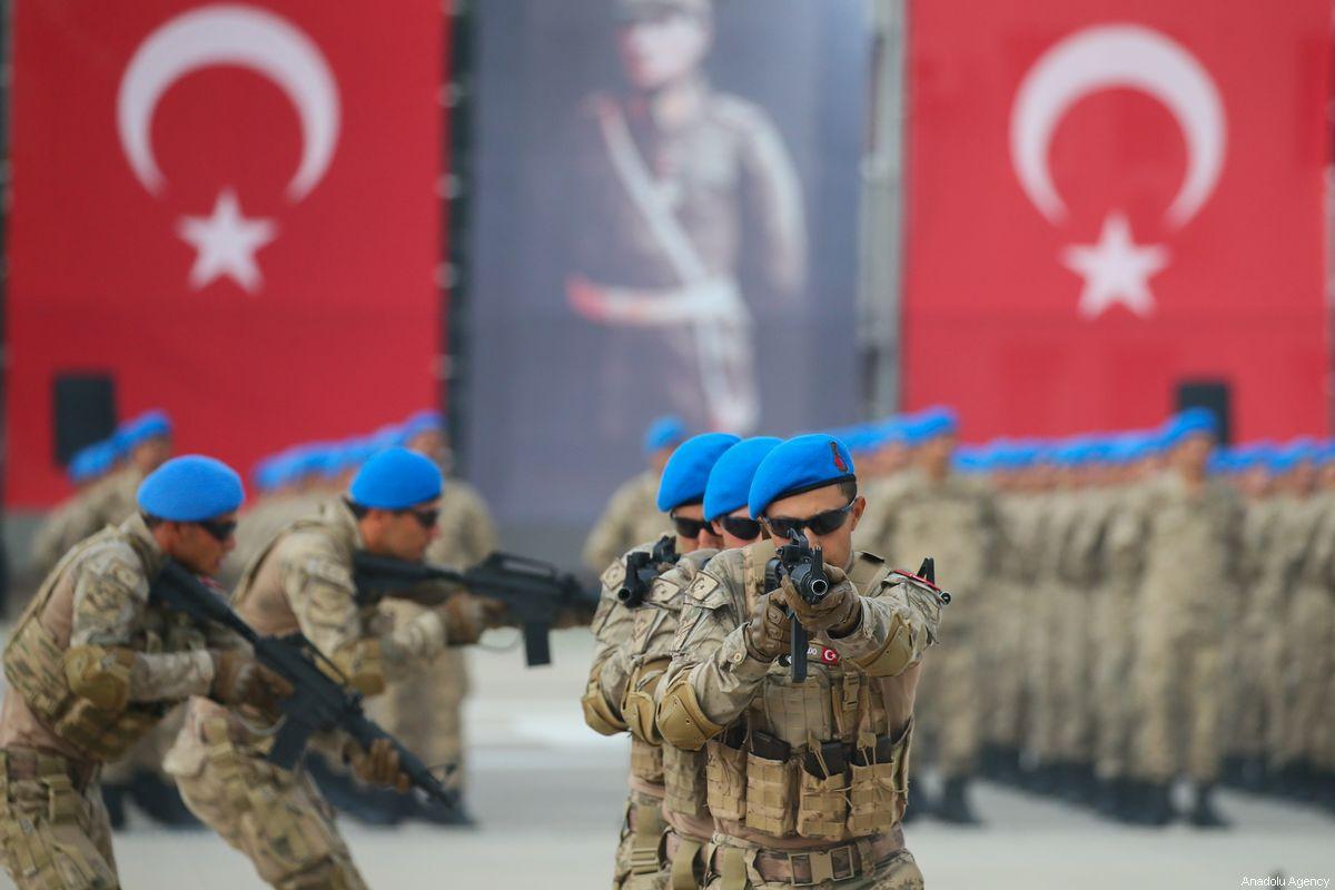 صورة أصبح له قواعد عسكرية بـ 12 دولة.. الجيش التركي ينتشر حول العالم