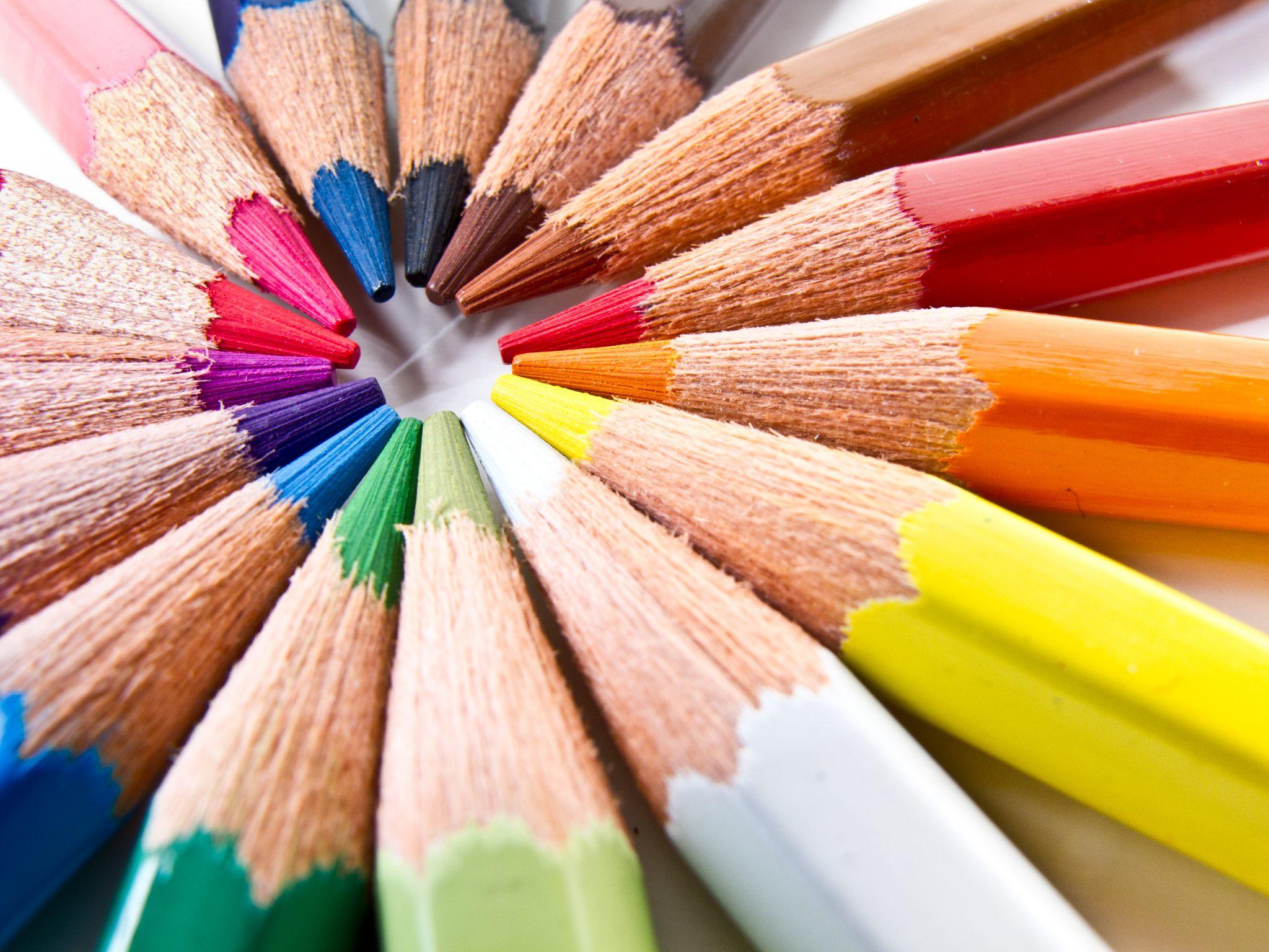 صورة معجزة القرآن الكريم حول الألوان- أورد 9 منها بمدلولات عظيمة