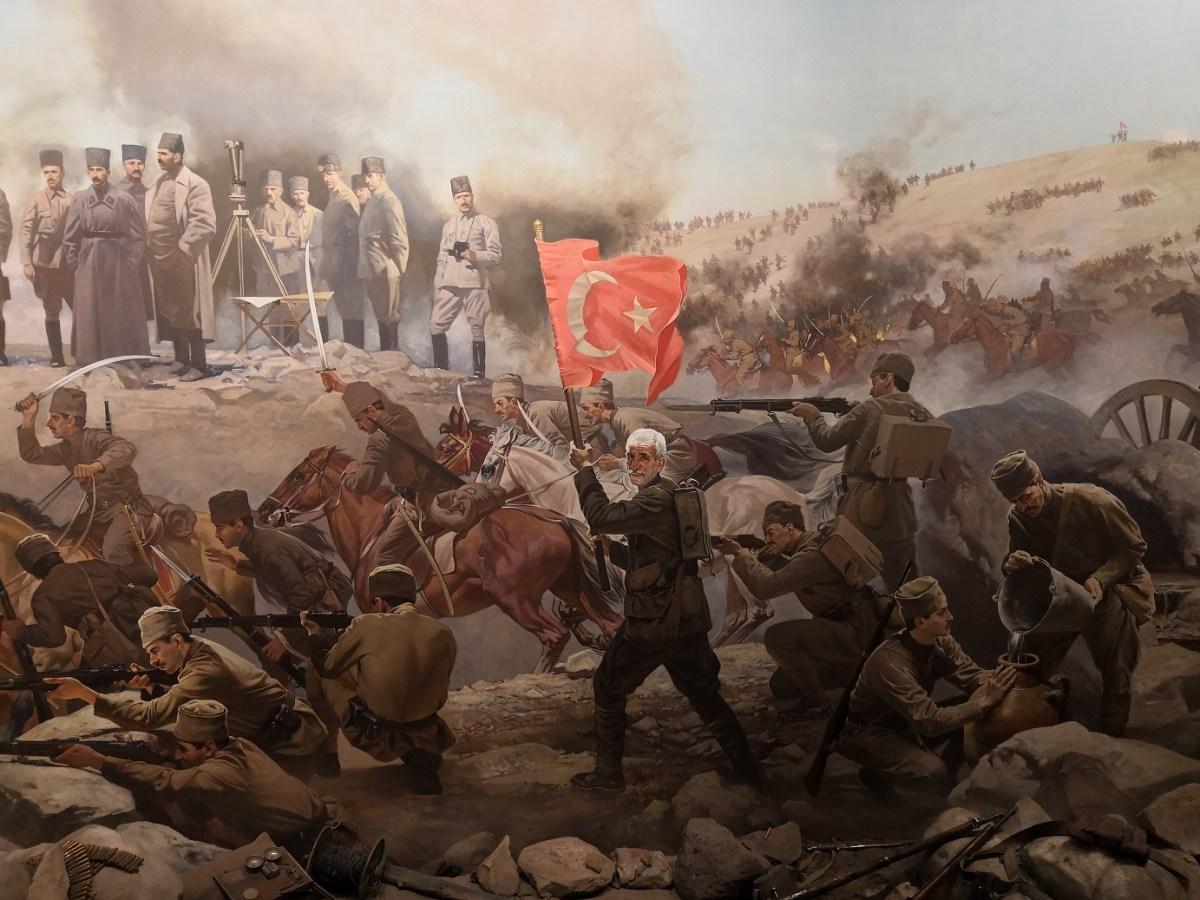 صورة يوم انتصر العثمانيون على الحلفاء.. حلب قدمت 551 شهـ.ـيداً وإدلب 96 (اسـ.ـماء وصور)