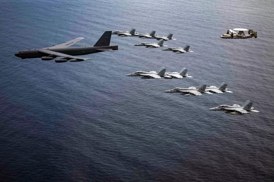 صورة حاملات الطائرات الأمريكية باتجاه الخليج استعدادا لحرب الوداع النووية!