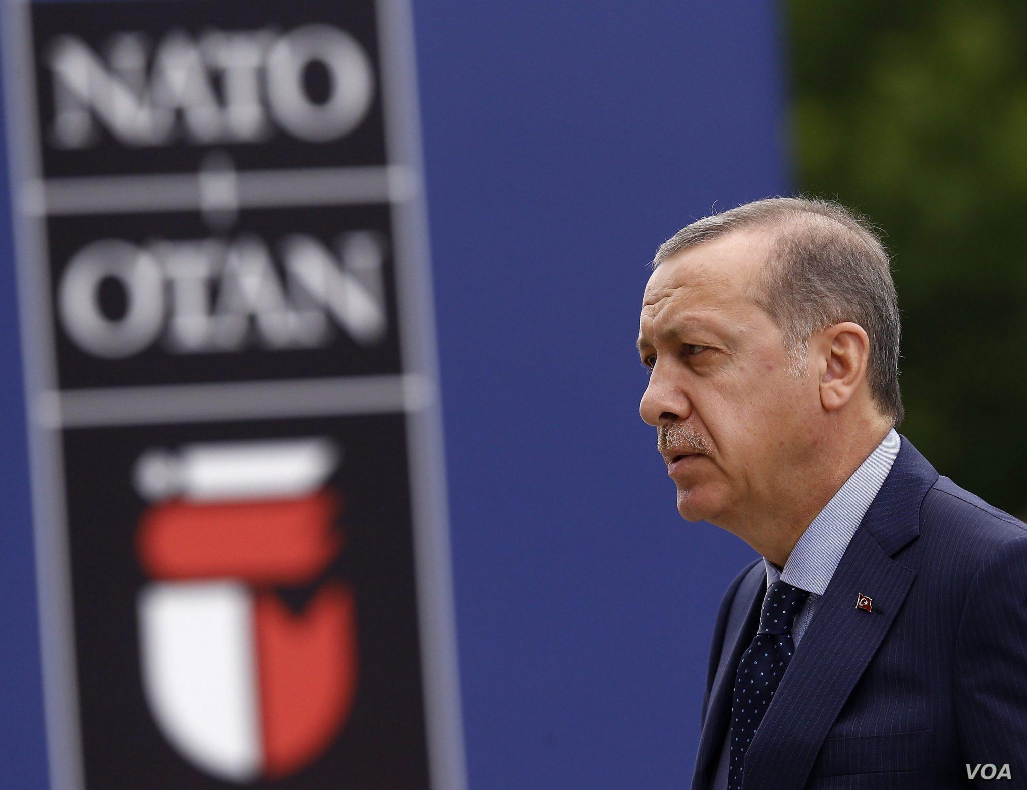 صورة أردوغان عن التحركات: غير مريحة.. ماذا يخطط الغرب ضـ.ـد تركيا؟