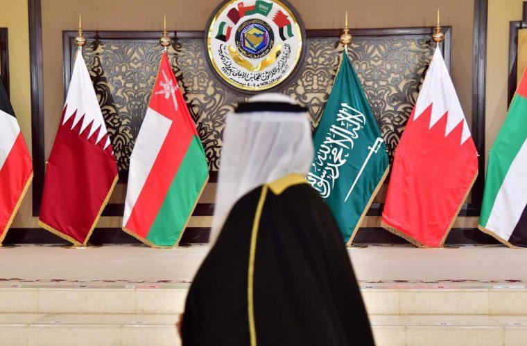 صورة مصدر دبلوماسي يكشف الخطوة التالية للمصالحة الخليجية