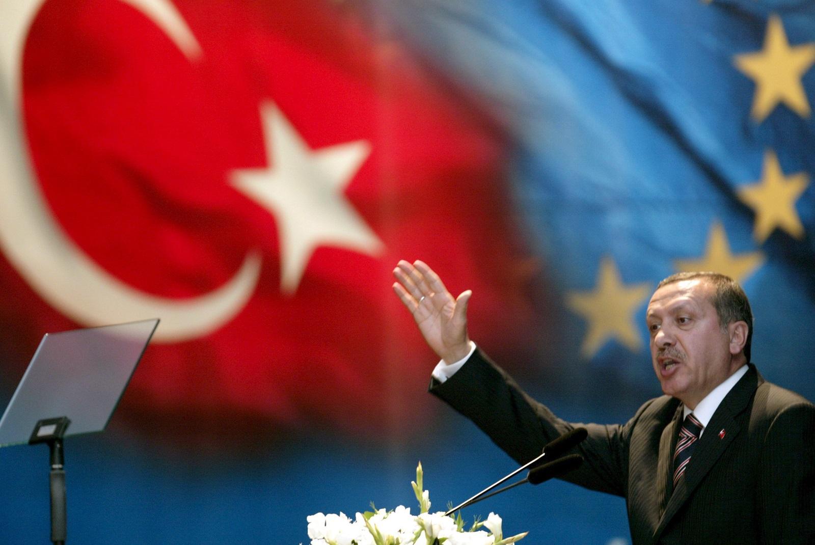 صورة تصريحات لأردوغان بشأن رفع القيود بهذا التاريخ والأولوية لهذه الولايات