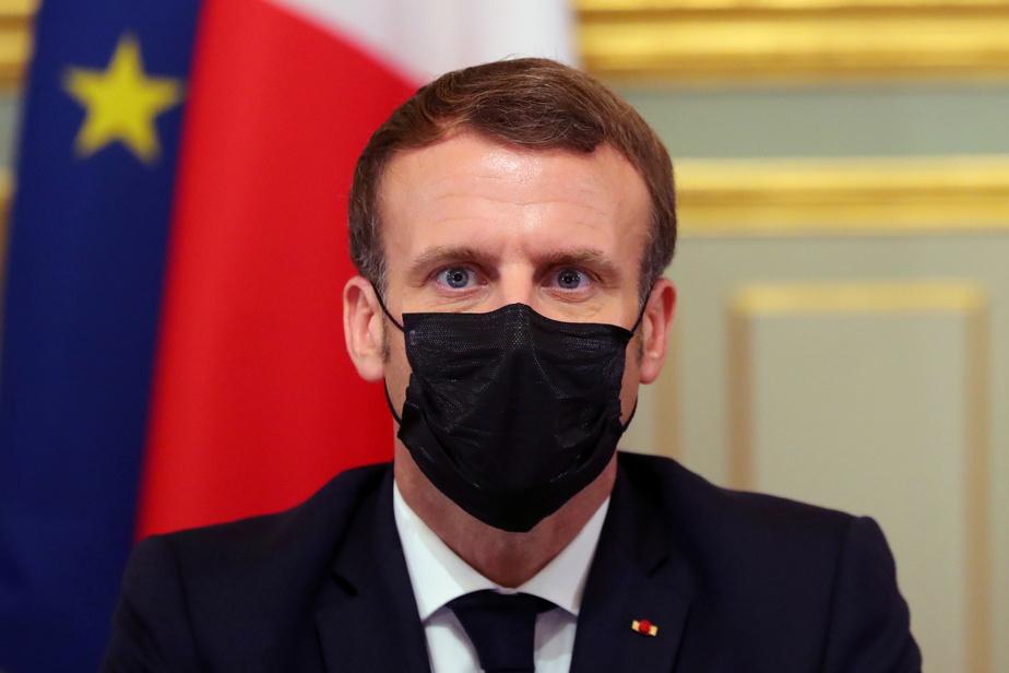 """صورة إصـ ـابة الرئيس الفرنسي بـ """"فيروس كورونا"""""""