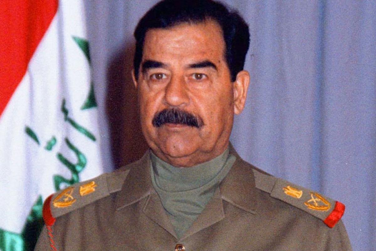 """صورة وثائق بريطانية سرية عن صدام حسين.. """"كنا نخشى مواجهته""""- تفاصيل"""