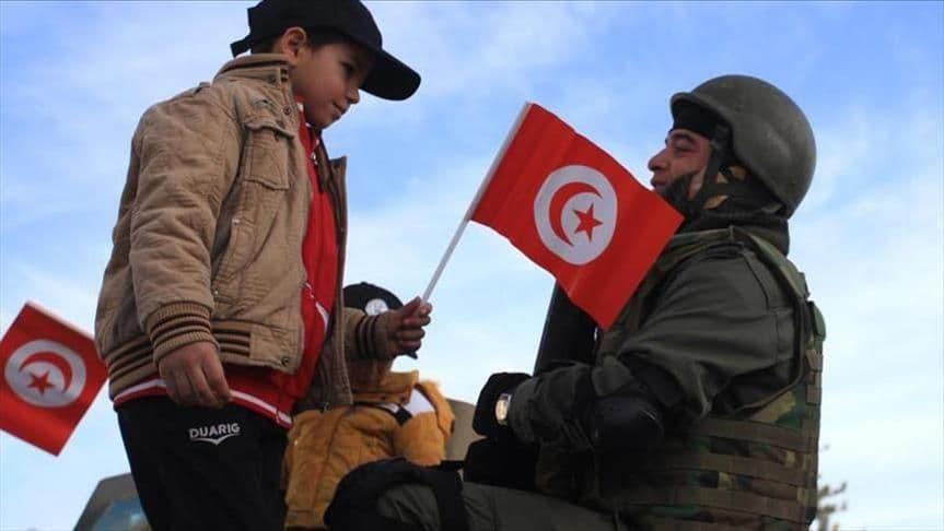 صورة حقائق مروعة تكشف لأول مرة.. هكذا حـ.ـارب النـ.ـظام الجزائري الثـ.ـورة التونسية