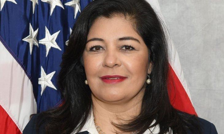 صورة صايمة محسن.. أول امرأة مسلمة تتبوأ منصب المدعي العام في الولايات المتحدة