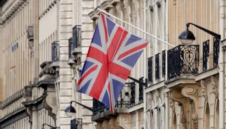 صورة بعد ساعات من خروجها رسميّاًمن الاتحاد الأوروبي،أكدتبريطانيا، التزامها باستمرار سياسة العـ.ـقوبات على النظام السوري.