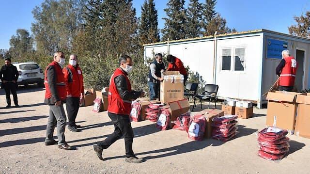 صورة سلل غذائية ومساعدات شتوية للسوريين..اليكم التفاصيل