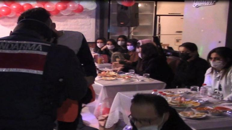 صورة مشاهد هوليودية… قوات الدرك تـ .ـداهم حفلاً لرأس السنة في أحد الولايات
