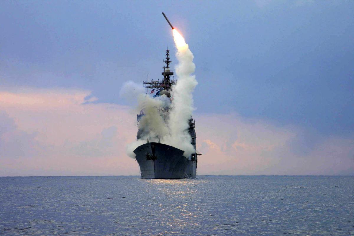 صورة طبول حرب عالمية تقرع بين أمريكا والتنين الصيني.. وبايدن يصدر أول قرار حربي