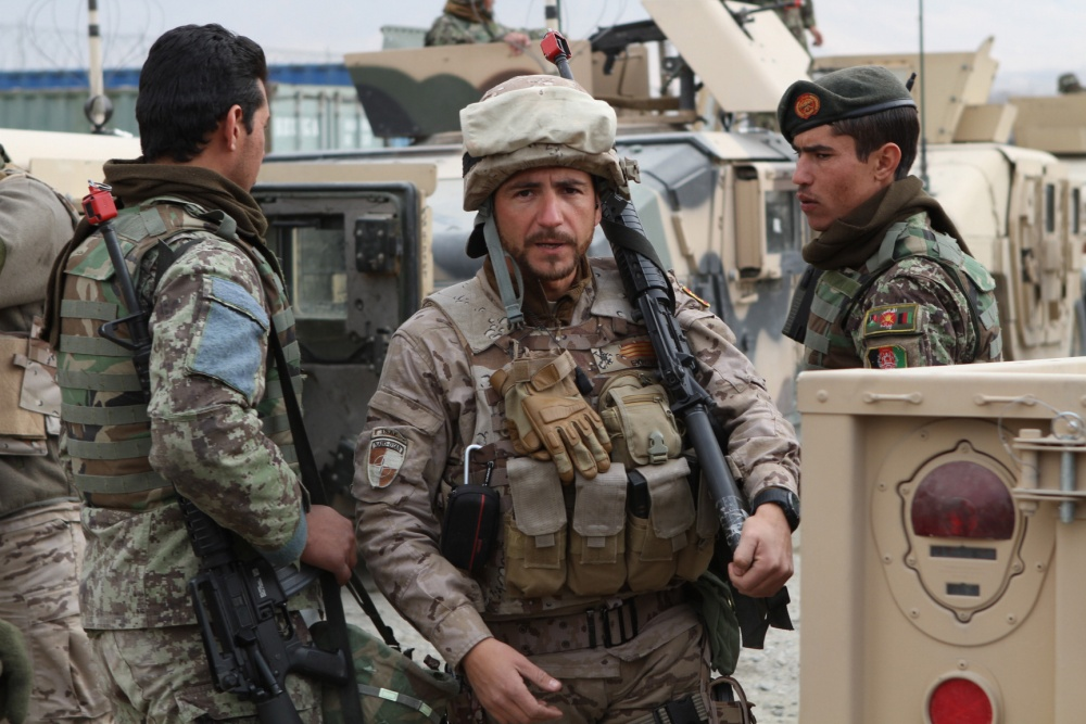 صورة وزارة الدفاع الإسبانية ترفض الزج بالجيش في نقاش سبتة ومليلية