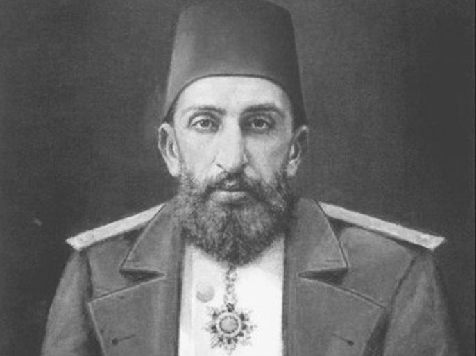 صورة كان آخر رئيس للسلالة العثمانية.. وفاة حفيد السلطان عبد الحميد الثاني- صورة