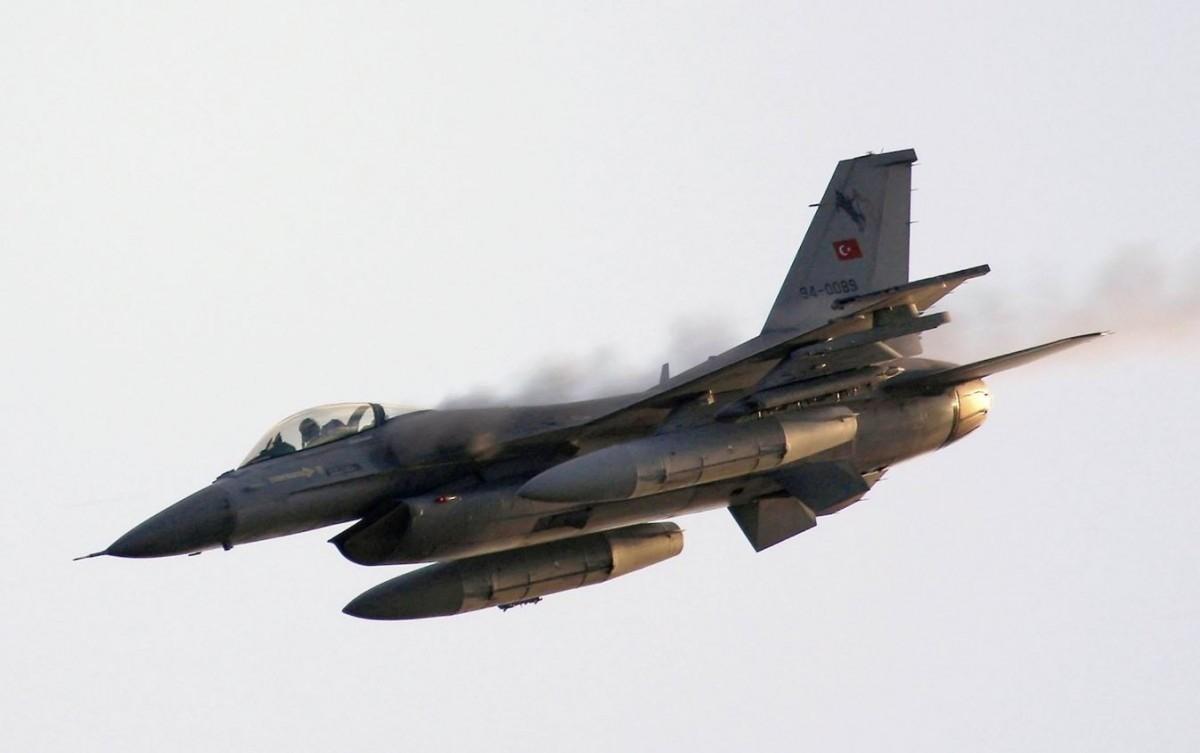 صورة هي الأولى عبر العالم.. تركيا تتفوق على أمريكا بتطوير مقاتلات F-16.. تفاصيل