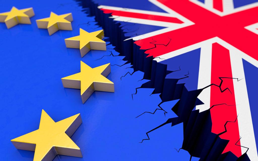 صورة حرب بريطانية- أوروبية طاحنة وتهديدات متبادلة.. وهذه ساحتها
