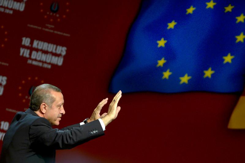 صورة انقلبت المعادلة: أوروبا تشرع أبوابها أمام تركيا.. هل اقترب انضمامها للاتحاد؟