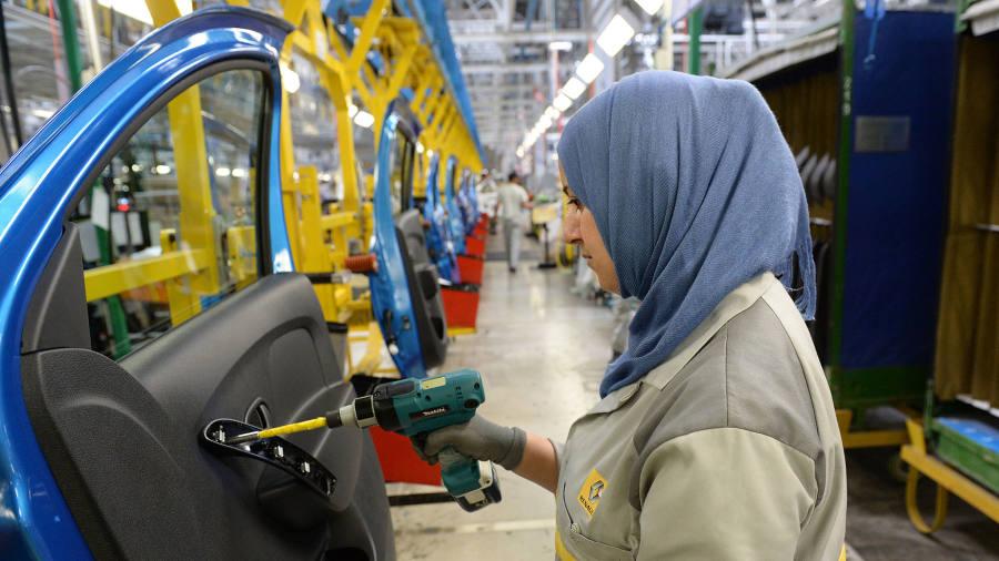 صورة انجاز عالمي غير مسبوق.. هل يصبح المغرب مركزا تنافسيا في صناعة السيارات عالميا؟