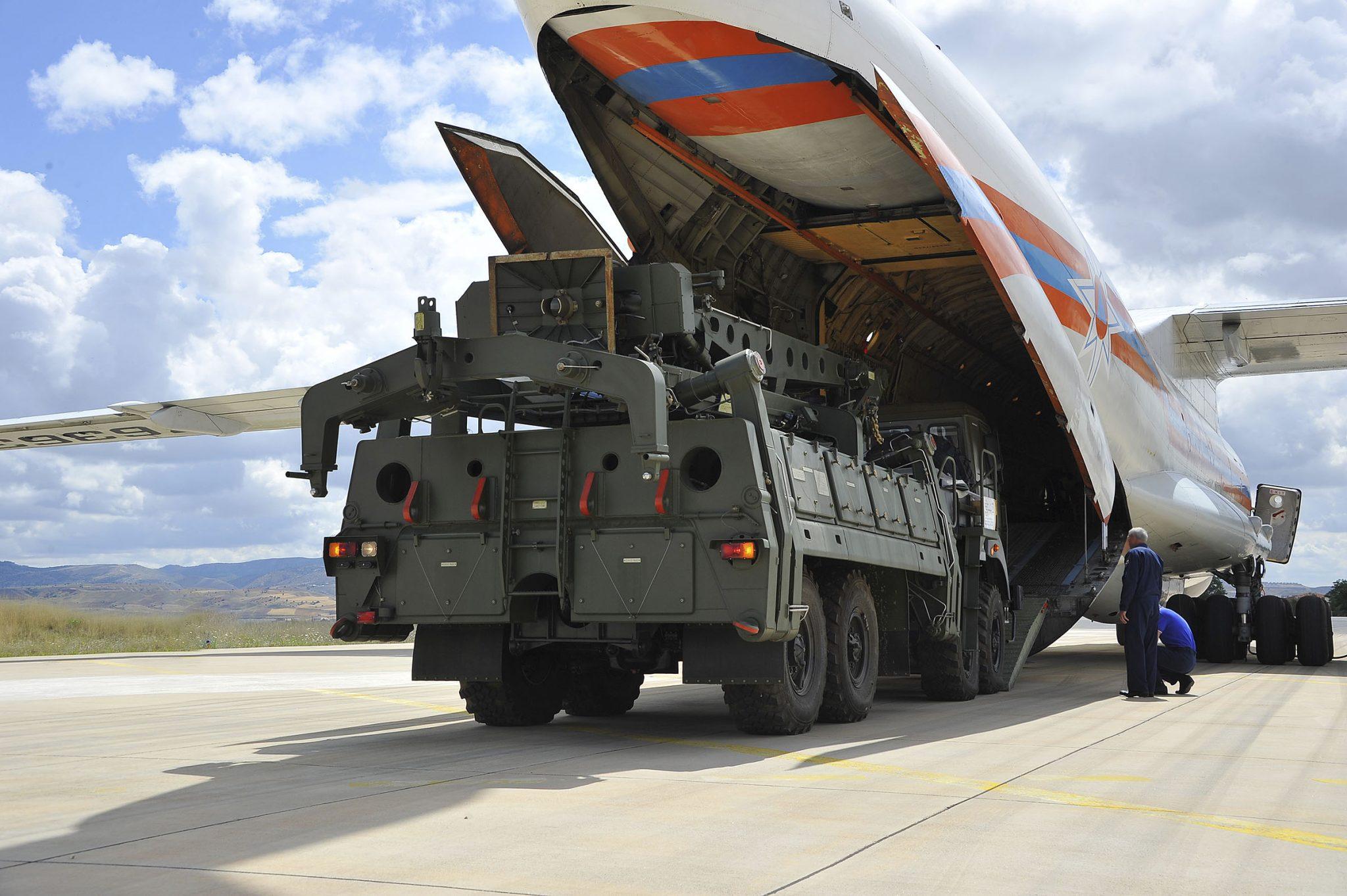 صورة ماذا يجري؟.. صفقة صاروخية كبرى لتركيا مع روسيا وأردوغان يطلق تصريحات قوية