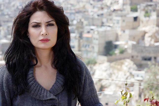 صورة أهم 10 محطات في حياة الفنانة التي تنتمي لأسرة فنية وعريقة أثرت الدراما السورية
