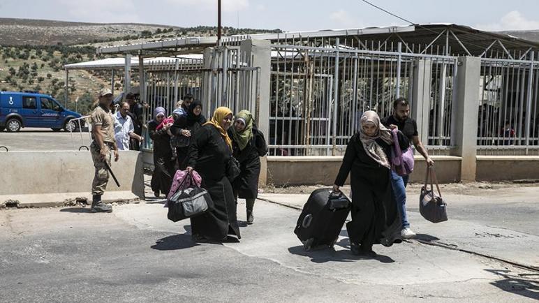 صورة تنويه من معبر باب الهوى للمسافرين من وإلى تركيا