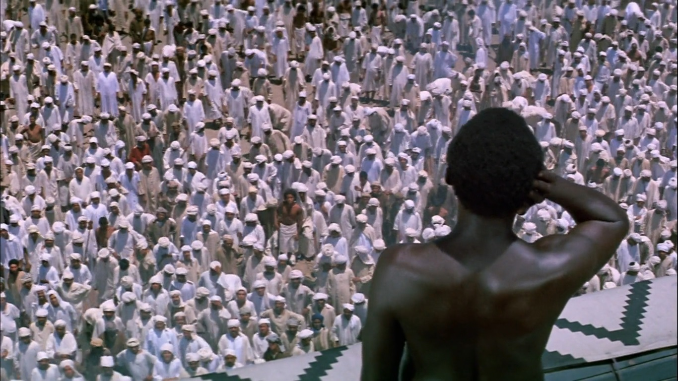 صورة كيف جاءت فكرة الأذان في الاسلام؟ وما هي شروط المؤذن؟ (فيديو رائع)