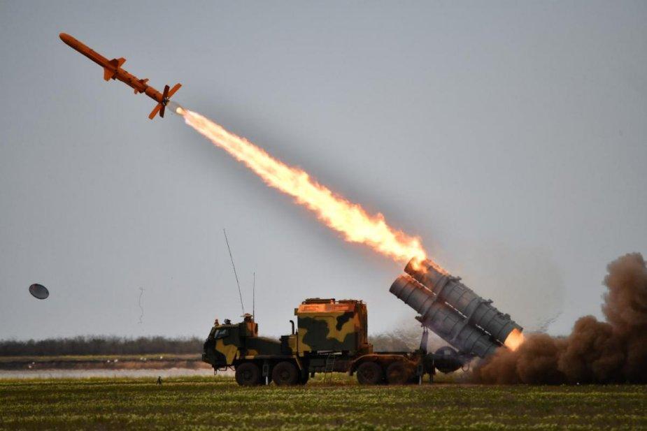 صورة تعزيزات وحشود وتهـديد.. العالم على أعتاب حرب أمريكية- روسية مرعبـة.. والنووي حاضر بقوة!