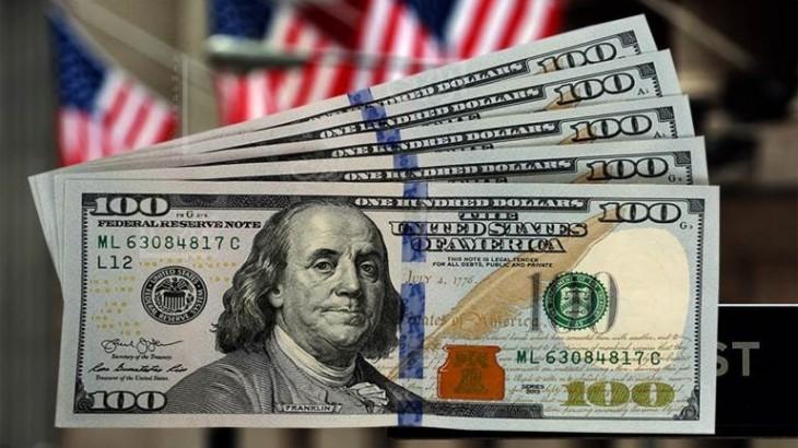 صورة الدولار يستقر بعد تكبده خسائر بسبب بيانات وظائف مخيبة للآمال