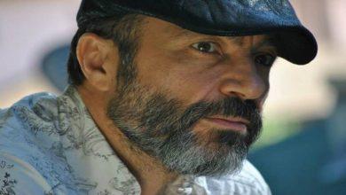 صورة غادر بلده وعمل بتوصيل البيتزا ثم أصبح من مشاهير هوليوود تعرف على حياة الفنان جهاد عبدو