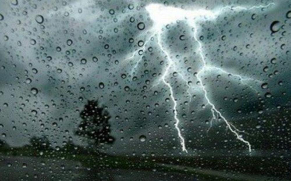 صورة الأرصاد الجوية تعلن حالة الطقس المتوقعة خلال الساعات المقبلة أمطار وعواصف في هذه الولايات