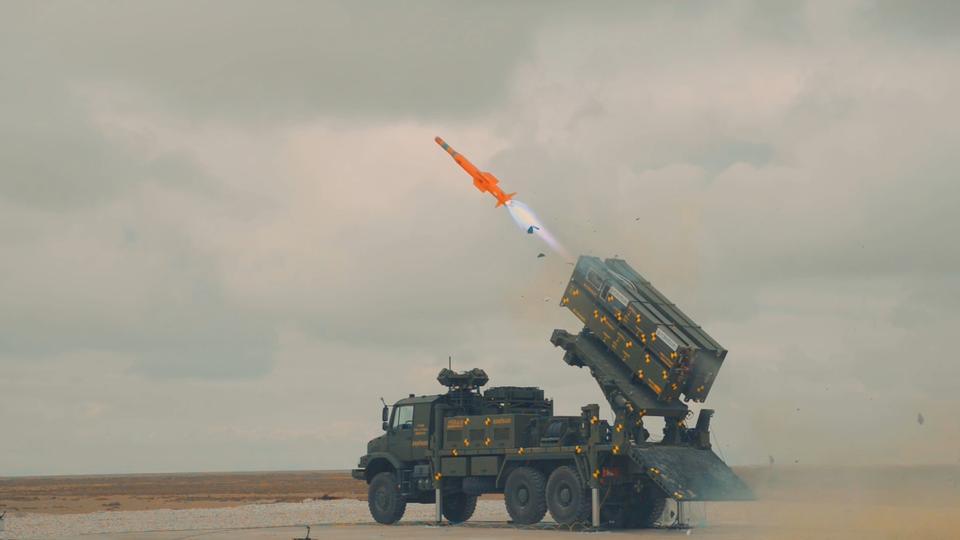 صورة هو الأول في تاريخ البلاد.. صواريخ أرض- جو التركية العملاقة أصبحت جاهزة (فيديو وصور)