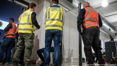 صورة عملية ترحيل دفعة جديدة من اللاجئين في ألمانيا
