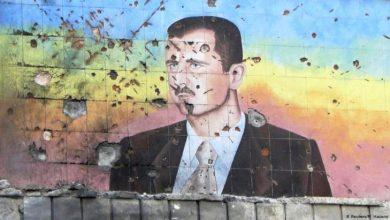 صورة في نهار رمضان.. بشار يظهر مفطرا على العلن (صورة)